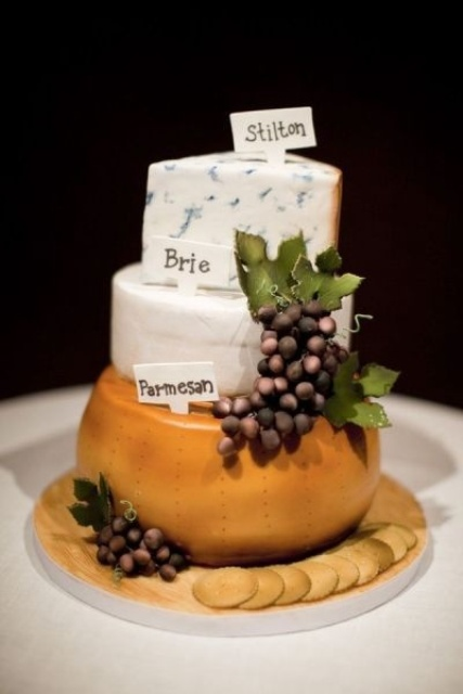 delicious-vineayrd-wedding-cakes-and-cheese-towers-10