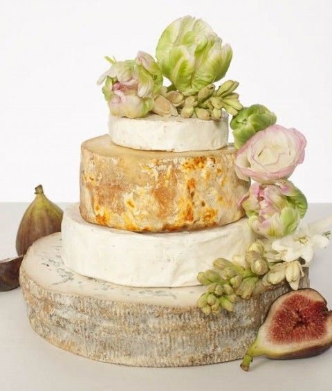 delicious-vineayrd-wedding-cakes-and-cheese-towers-23